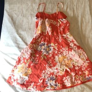 Lauren Conrad floral dress size 6